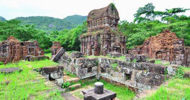 Các ngọn tháp Chăm bí ẩn hấp dẫn khách du lịch miền Trung